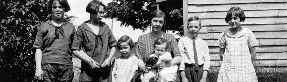 Ina Chapman and Children